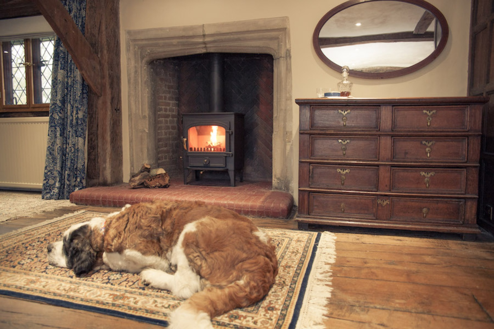 The 11th Century Crendon Manor Bridal Suite Fireplace with Clearview Vision 500