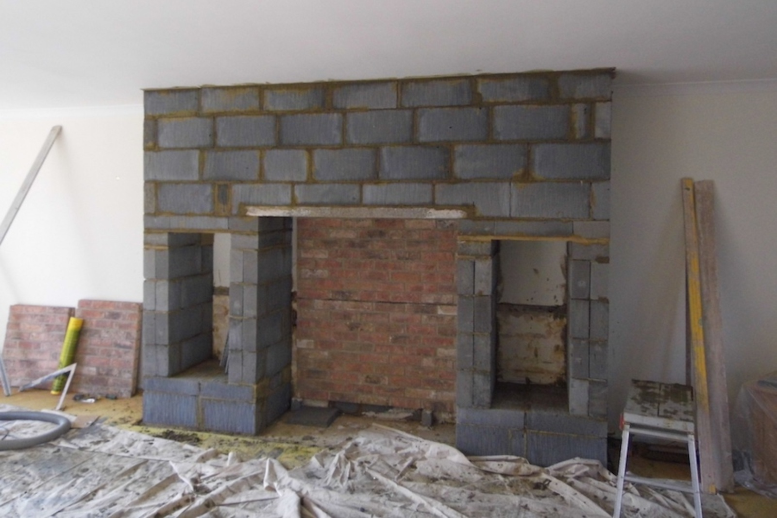 With the outline created the chamber brick boards are added to fitted.