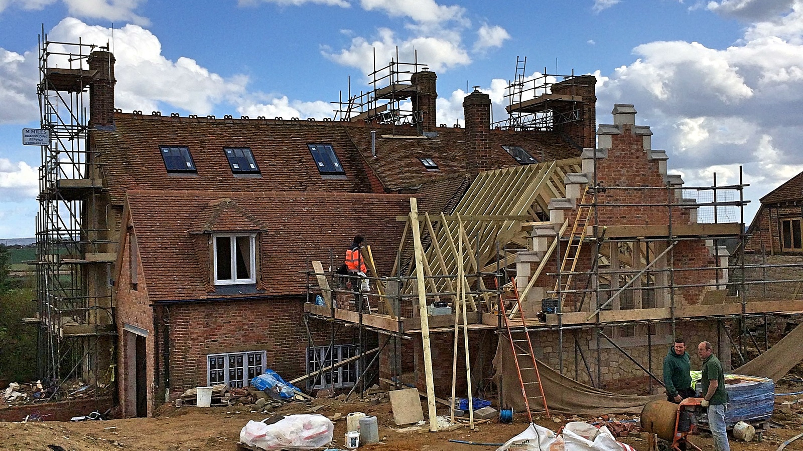 A farmhouse renovation involving numerous trades over a build programme of several months. Three chimneys were lined.