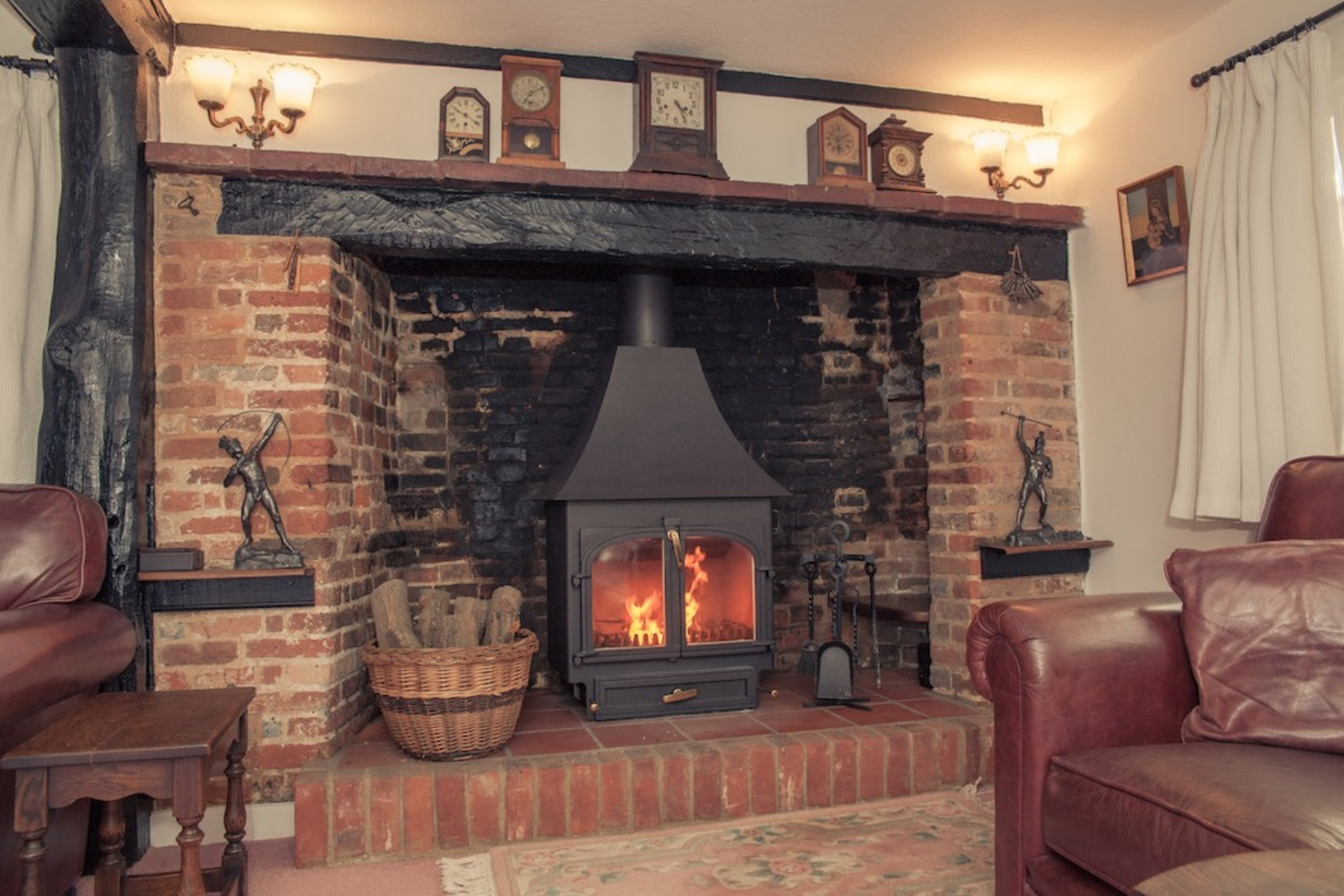 Clearview 650 High Canopy to an inglenook fireplace in Bledlow Ridge